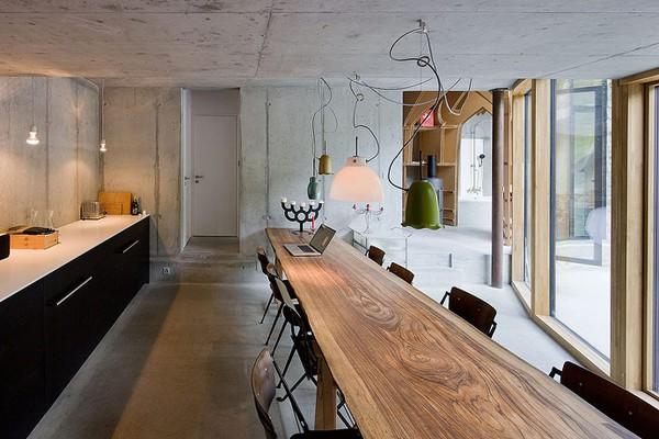 Underground house dining